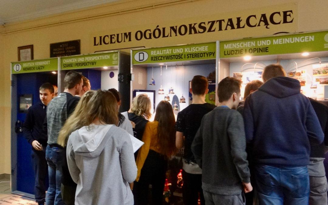 """Interaktywna wystawa """"Deutschland im Koffer"""" – Niemcy w walizce"""