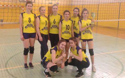 Turniej Piłki Siatkowej Dziewcząt o Puchar Burmistrza Pionek