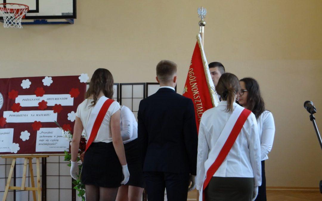 Uroczystość zakończenia roku szkolnego klas trzecich