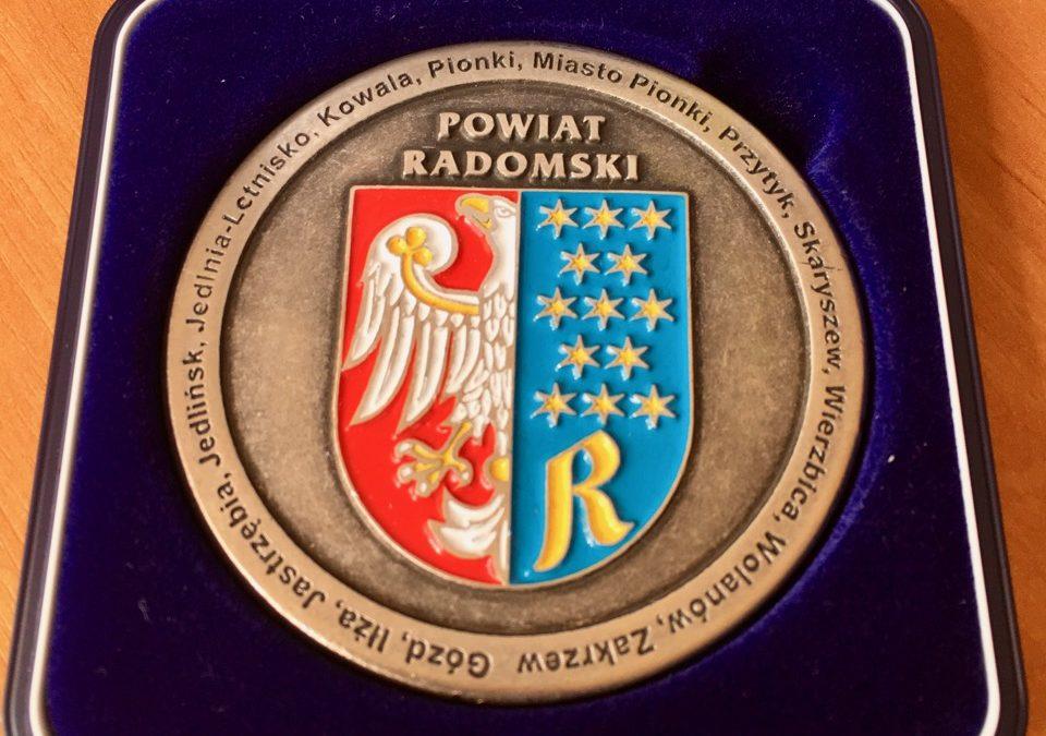 """Medal """"Zasłużony dla Powiatu Radomskiego"""""""
